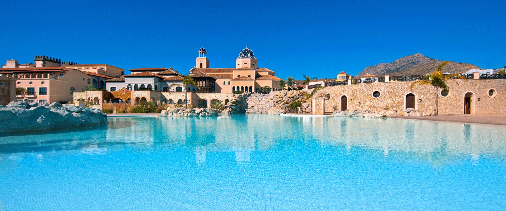 Din Golfreise Hotel Melia Villaitana i Benidorm, Spania - utebasseng